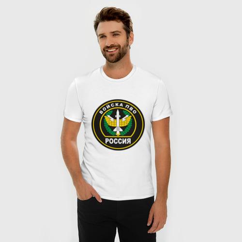Мужская футболка премиум с принтом Войска ПВО, фото на моделе #1