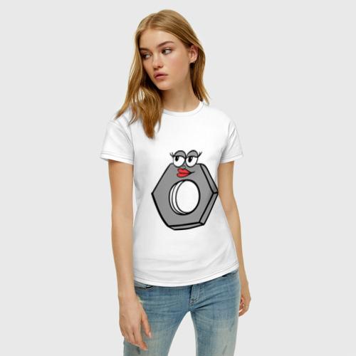 Женская футболка с принтом Гайка, фото на моделе #1