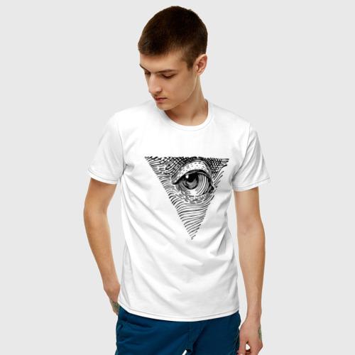 Мужская футболка с принтом Eye, фото на моделе #1