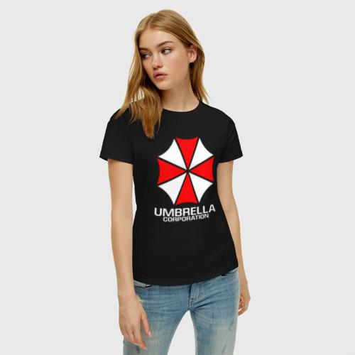 Женская футболка с принтом UMBRELLA CORP, фото на моделе #1