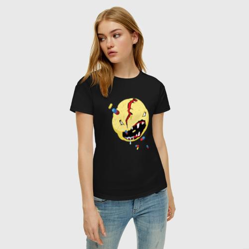 Женская футболка с принтом CYBERPUNK 2077 SMILE | КИБЕРПАНК СМАЙЛ, фото на моделе #1