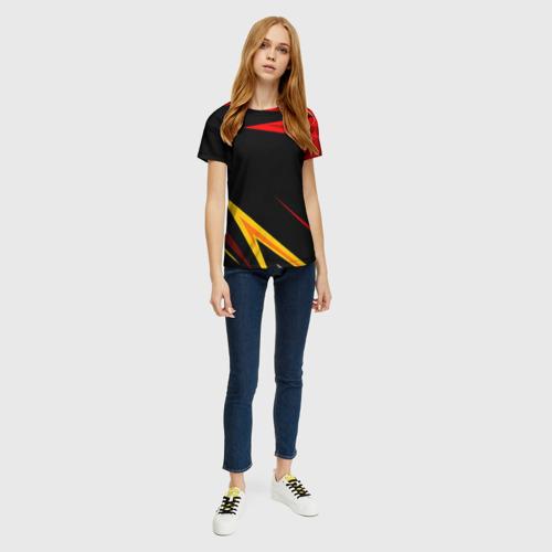 Женская 3D футболка с принтом Уникальные линии, вид сбоку #3